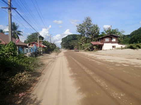 Road to Buddha Park