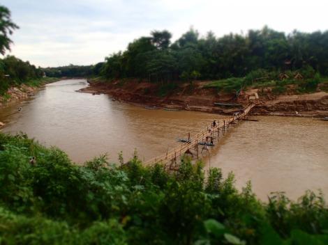 Bridge building, Lao style