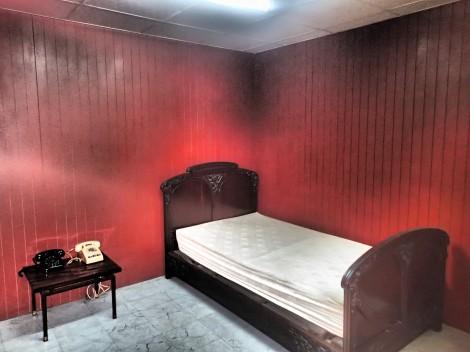 Presidents underground bedroom, mighty basic