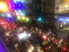 Christmas Chaos, Bu Vien Street